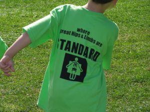 "Check out the great t-shirts ""RIAO where great hips and limbs are STANDARD"""